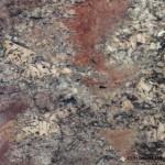juparana-crema-bordeaux-granite-tile-14292-1B